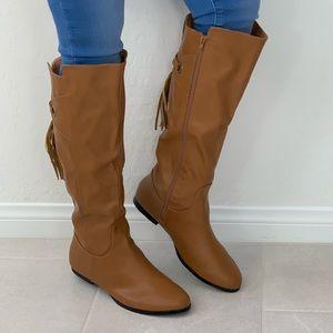NIB Tan Tassel Fringe Detail Knee High Flat Boots